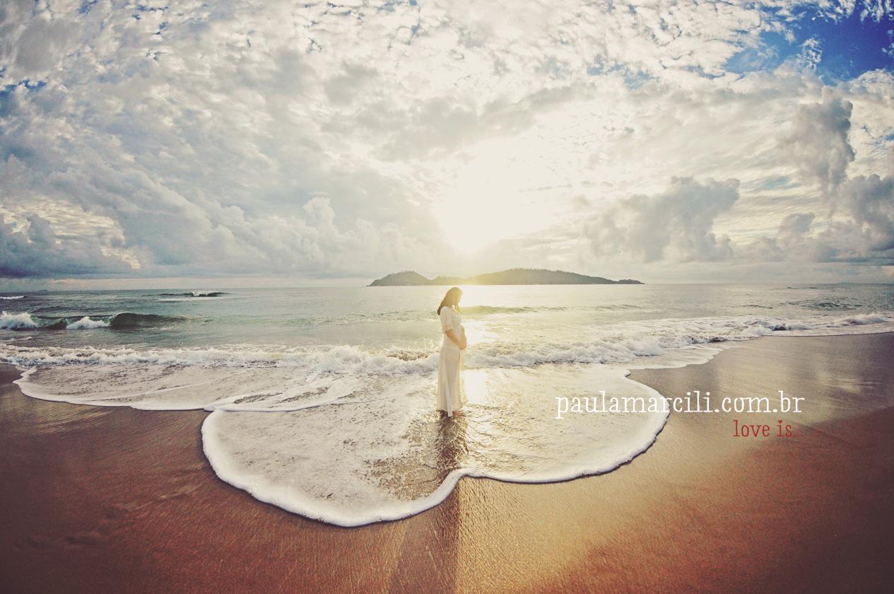ensaio-gestante-na-praia-book-gestacao-gravidez-fotografa-maternity-florianopolis-fotografa-de-gestante-02